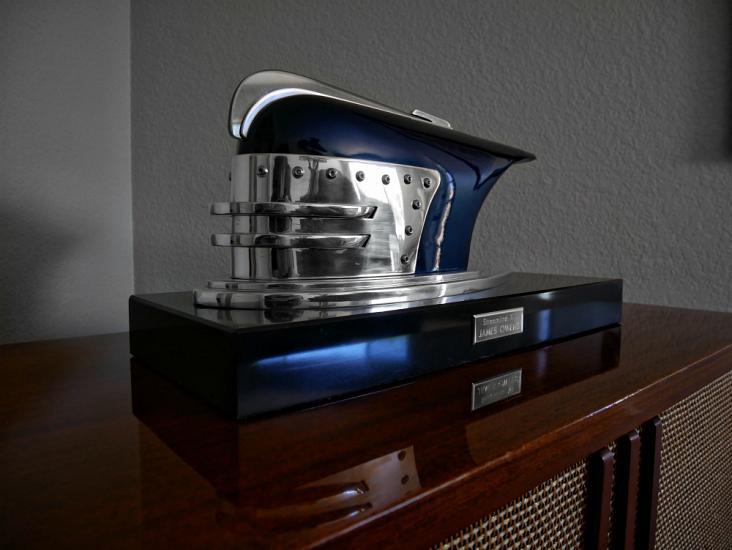 TheFabricator.com:      Metal fabricating skills in the hands of artist, James Owens